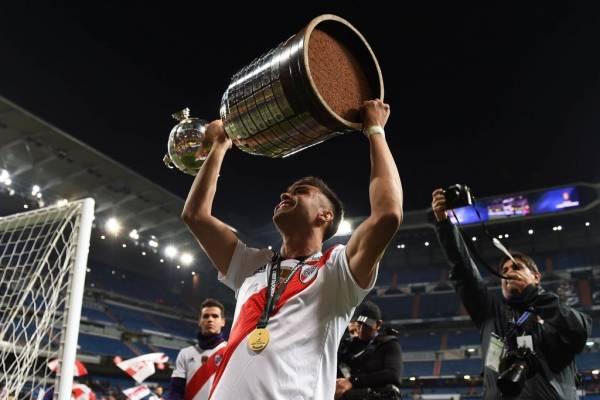 Pity Martínez es uno de los tres finalistas por el ser mejor futbolista de América en 2018 / Foto: Getty Images
