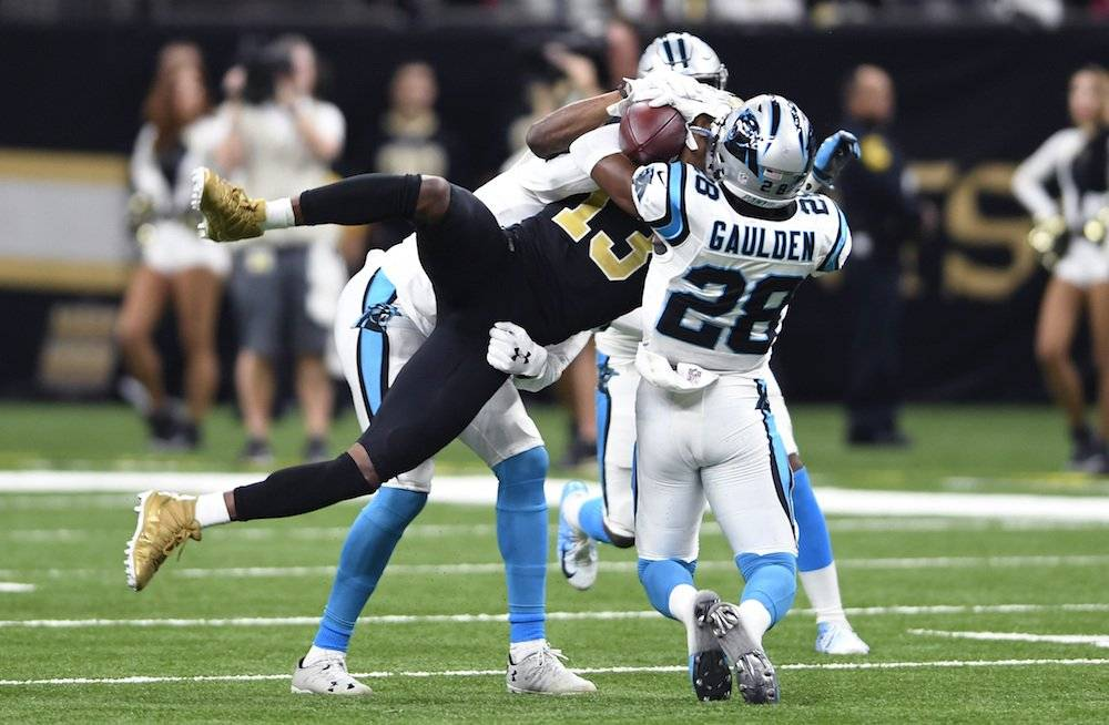 Panthers 33-14 Saints. / AP