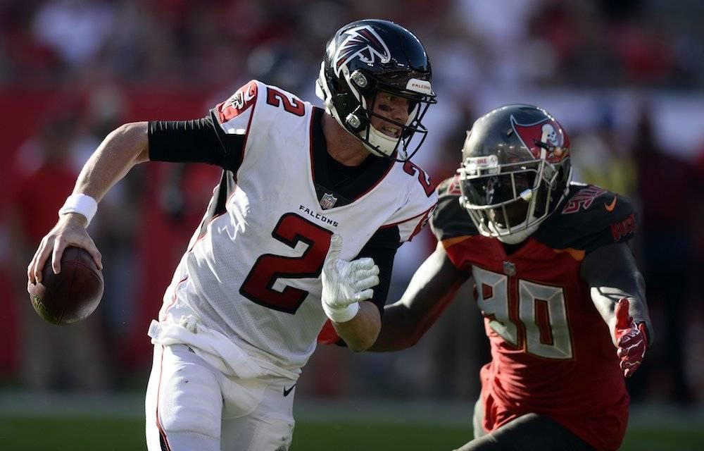 Falcons 34-32 Buccaneers / AP