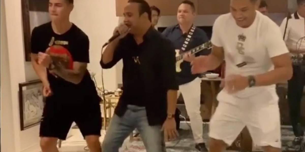 VIDEO. James Rodríguez y Teo Gutiérrez se miden en un intenso duelo... de baile