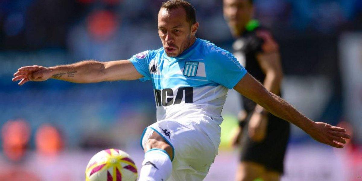 Tres chilenos compiten por ser los mejores en sus puestos en el fútbol argentino