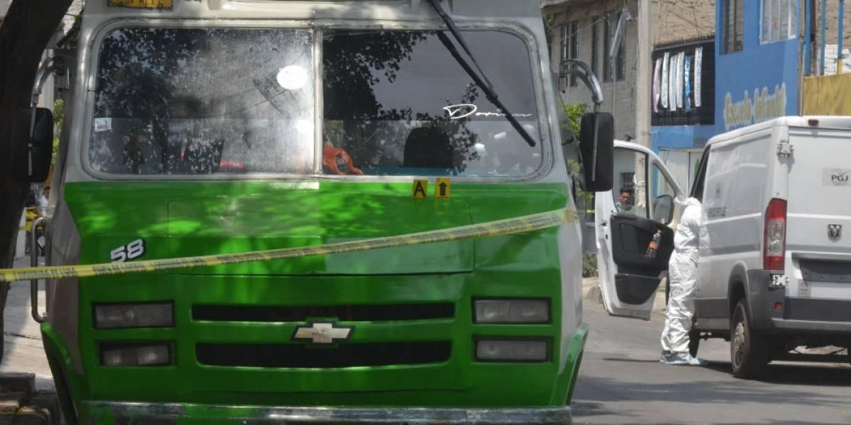 Microbusero persigue a delincuentes y lo matan a cuchilladas en Iztapalapa