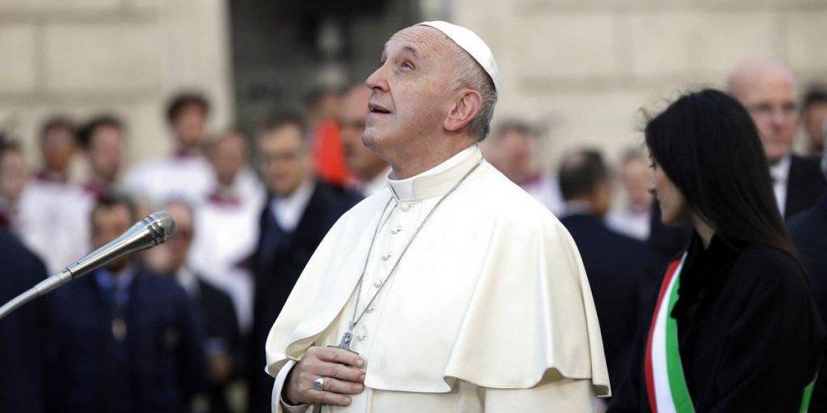 Papa Francisco pide desarrollo pacífico en elecciones del Congo