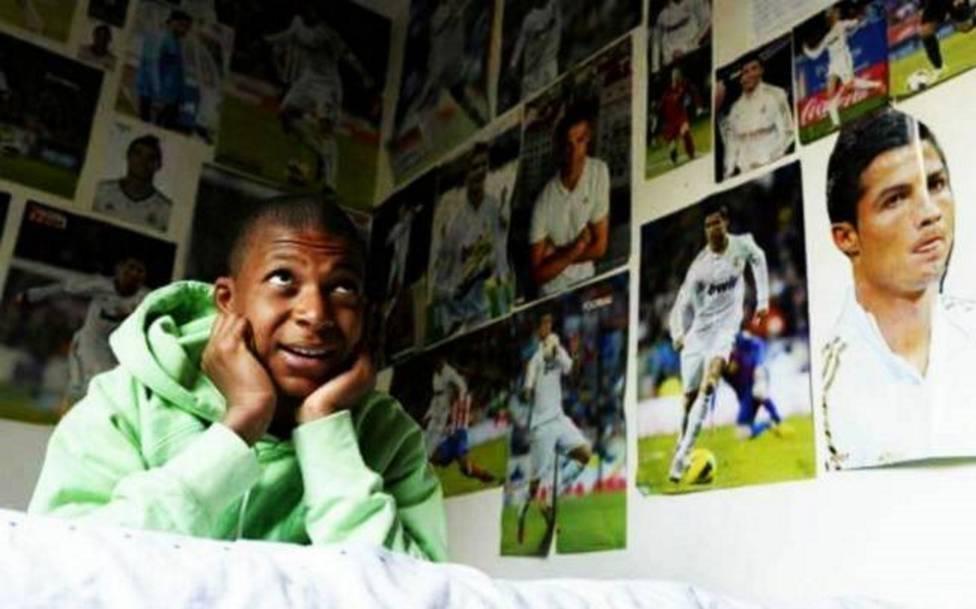 Mbappé 'quita' los pósters de Cristiano de su habitación
