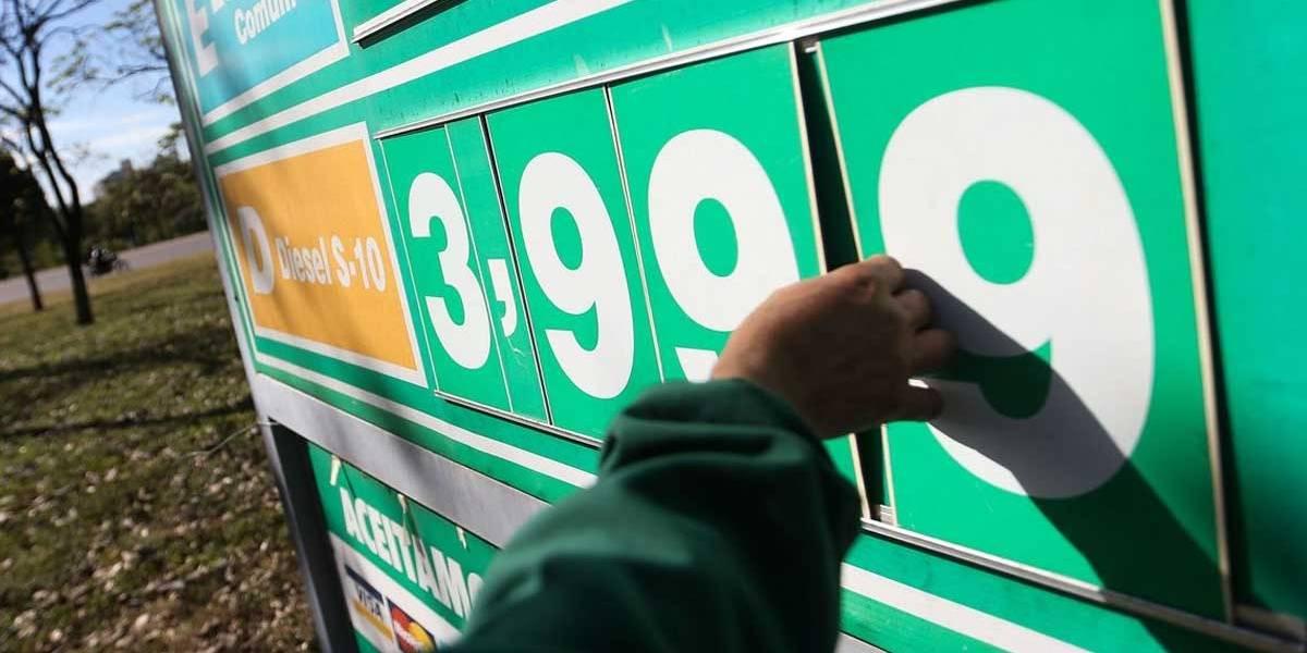 Subsídio chega ao fim e diesel sobe 2,5% nas refinarias no dia 1º