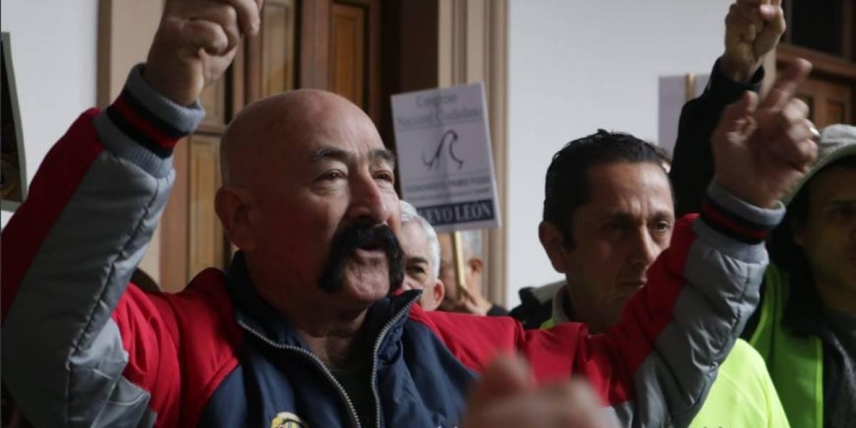 Protestan en Monterrey contra alza a impuestos