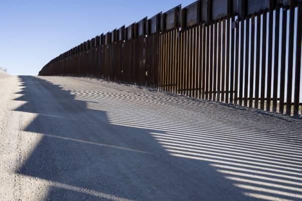 Muro fronterizo en Nuevo México