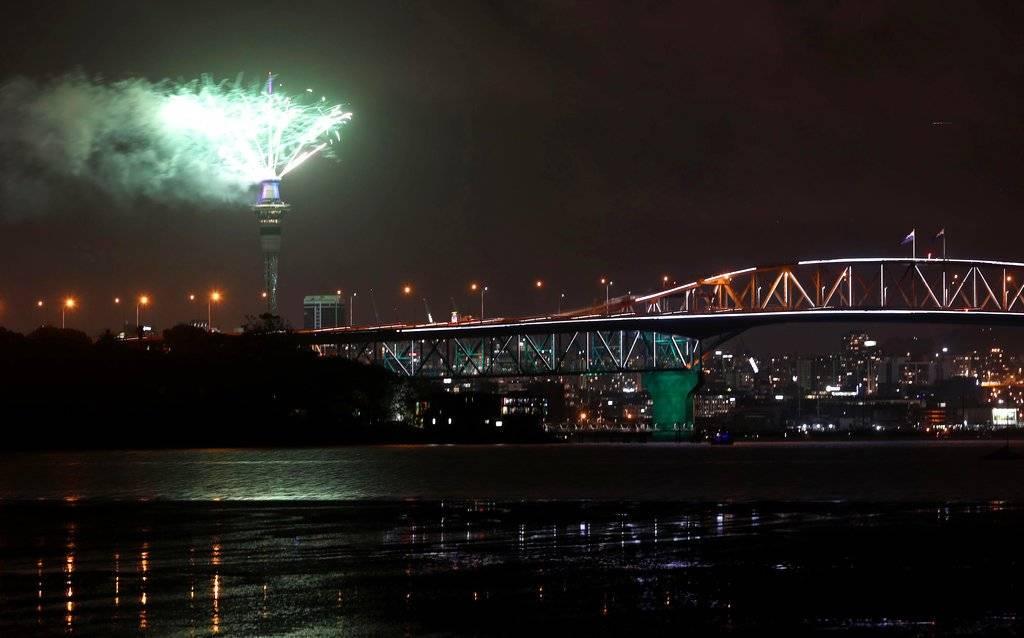 Fuegos artificiales dan la bienvenida al 2019 en Nueva Zelanda. Foto: AP
