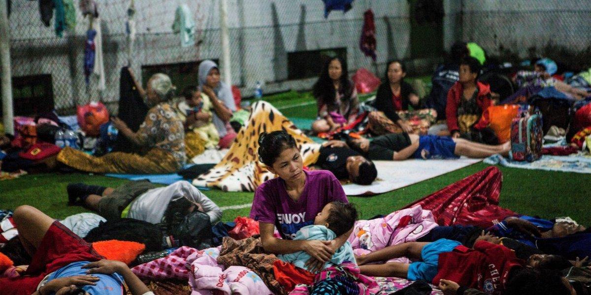 Asciende a 437 los muertos por el tsunami en Indonesia
