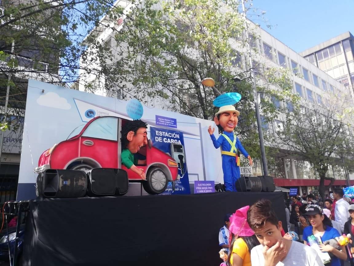 Monigotes Fin de Año 2018 Metro Ecuador