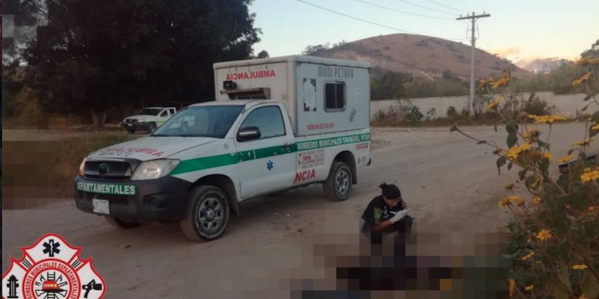 Localizan cadáver de hombre en la vía pública en San Miguel Petapa