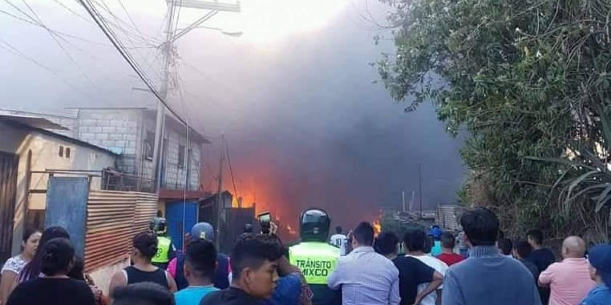 VIDEO. Incendio causa destrozos en Sacoj Chiquito, en Mixco