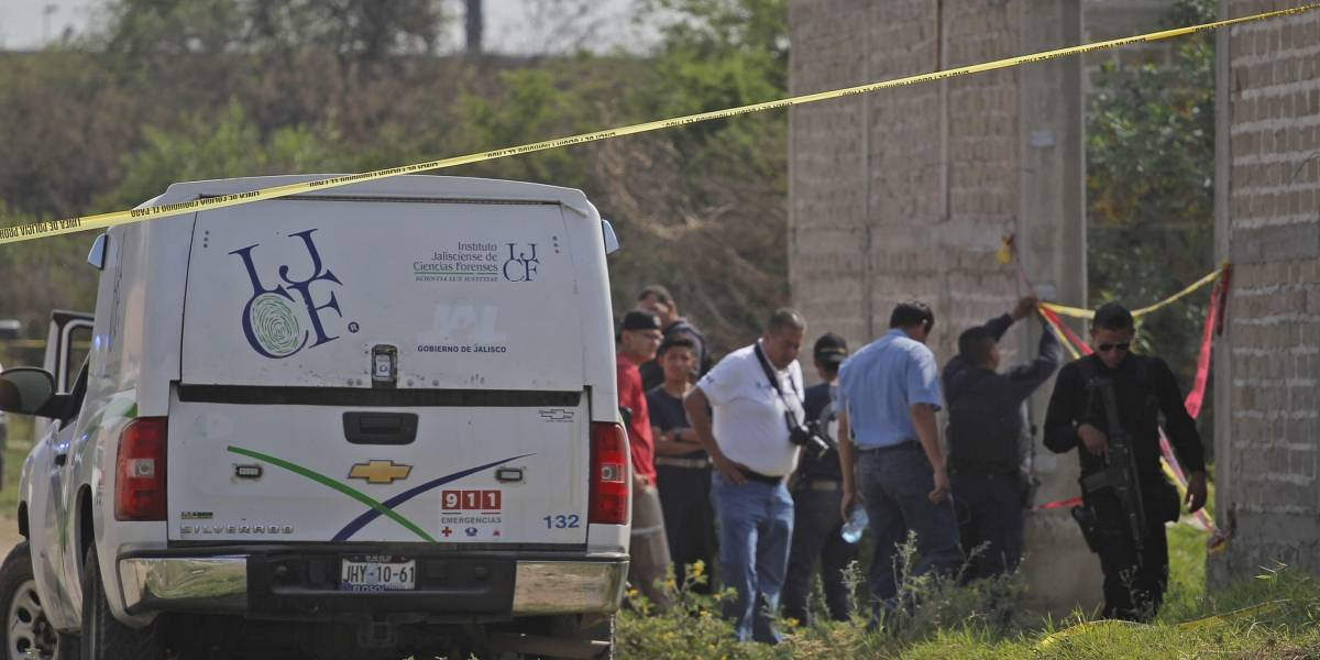 "Afirma gobernador de Jalisco que ejecuciones son porque ""se matan entre ellos"""