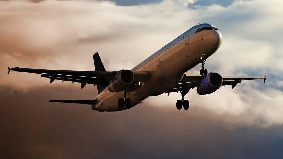 105027802plane136-cf935185cdd0768e01db21fcfb1e6a54.jpg