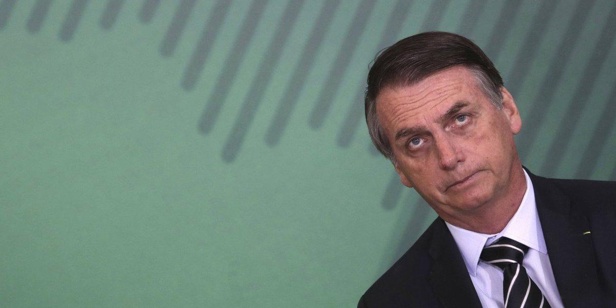 Jair Bolsonaro se estrena con polémicos decretos como presidente de Brasil