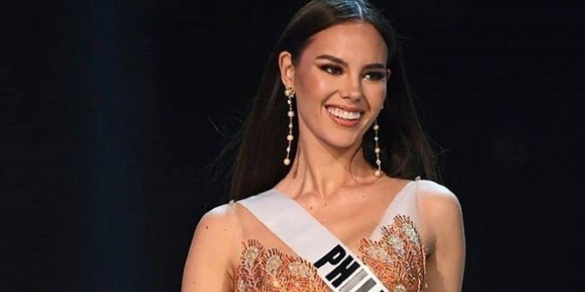 Miss Universo 2018 mostró su faceta de cantante