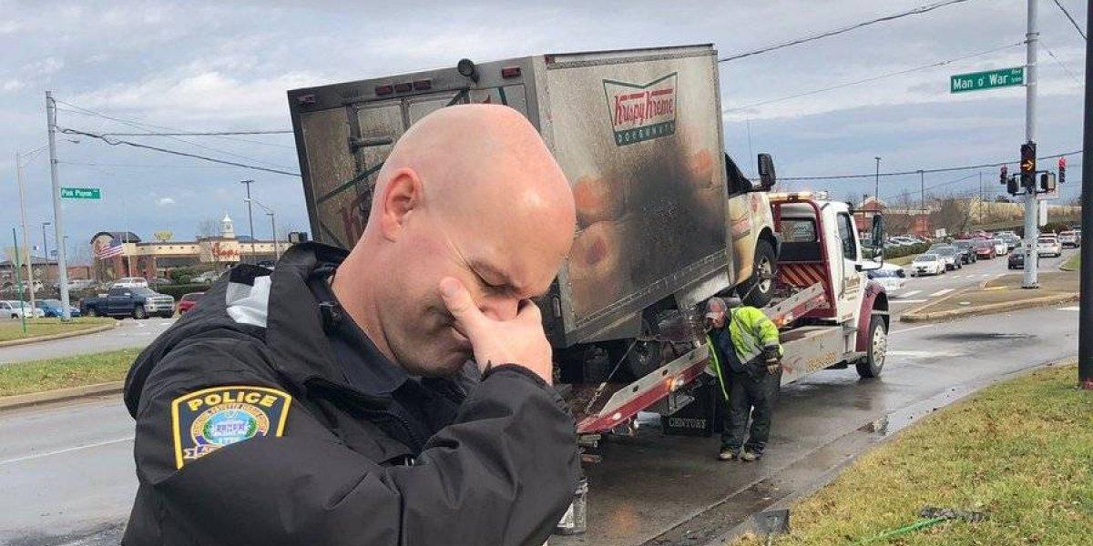 Policías llorando accidente con donas es la primera foto viral de 2019