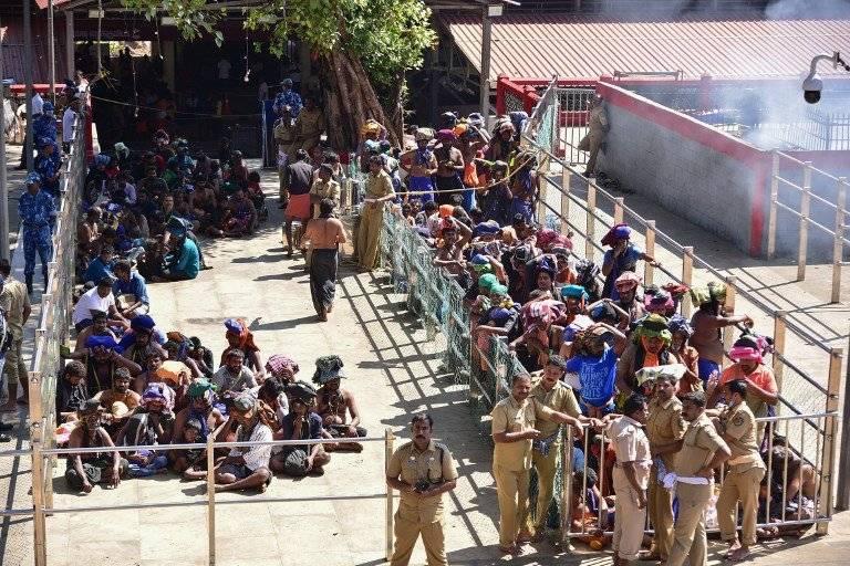 Enfrentamientos en la India por ingreso de mujeres a un templo