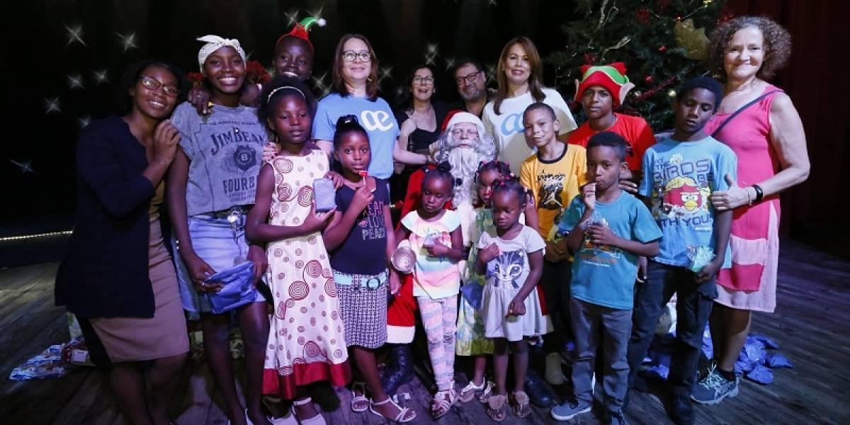 Globalia regala alegría a niños del centro AEA Solidaria en