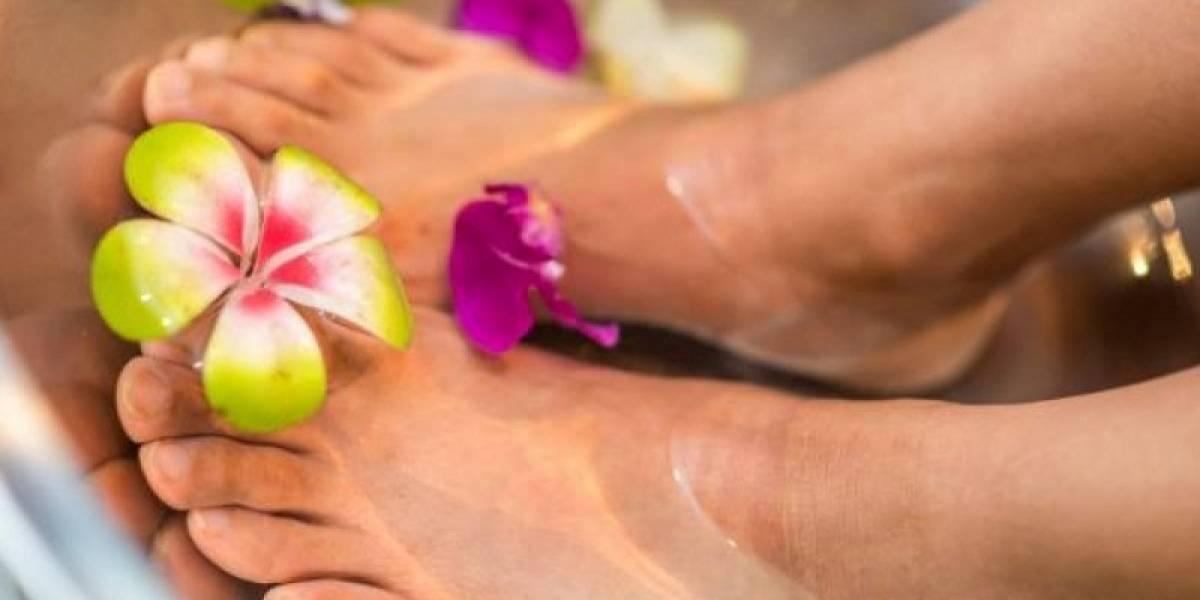 3 remedios caseros para desinflamar tus pies cansados por usar tacones muy altos