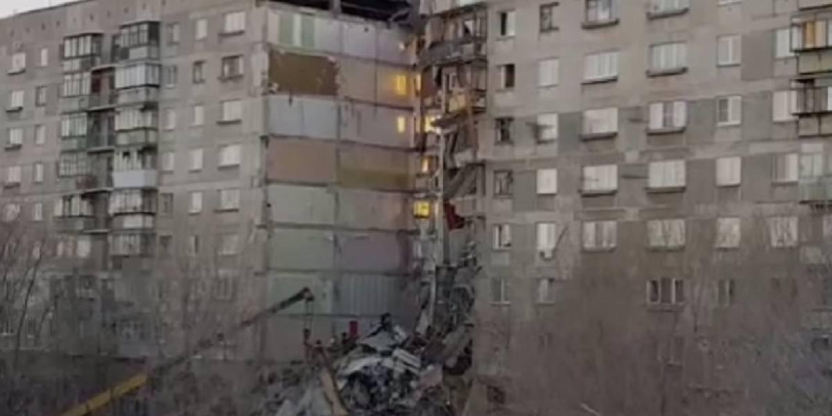 Prédio desaba e mata 21 pessoas na Rússia; 20 seguem desaparecidos