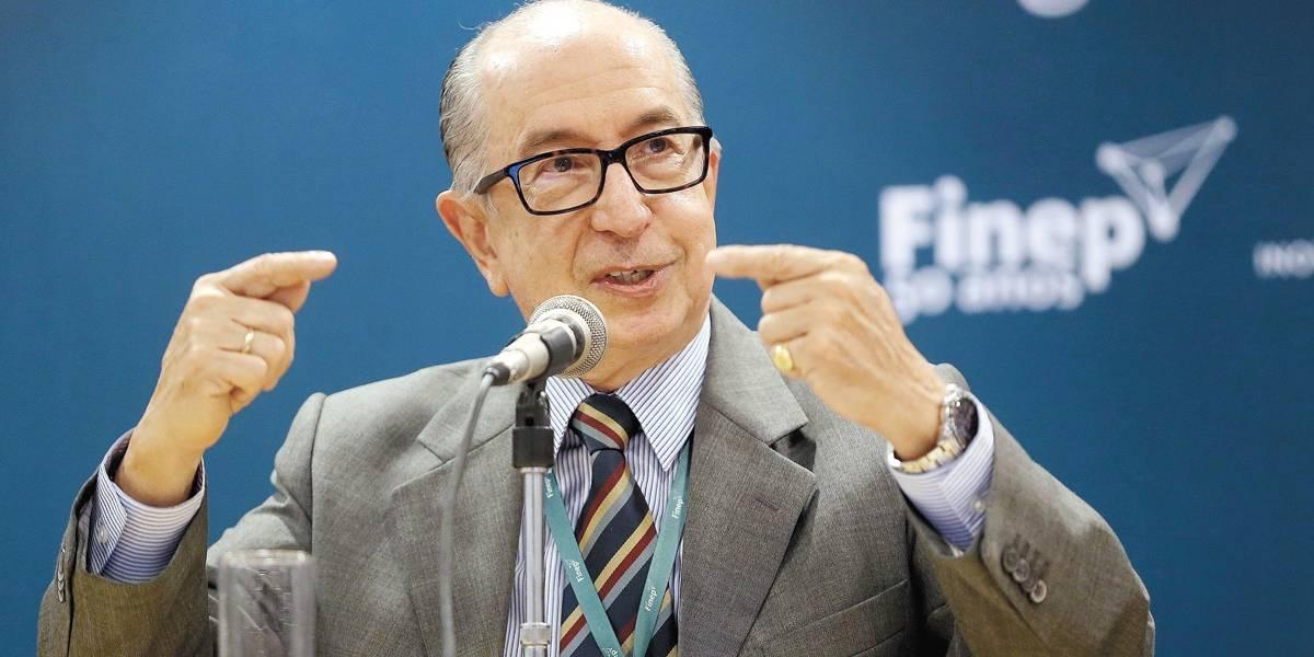 Secretário da Receita Marcos Cintra é exonerado do cargo