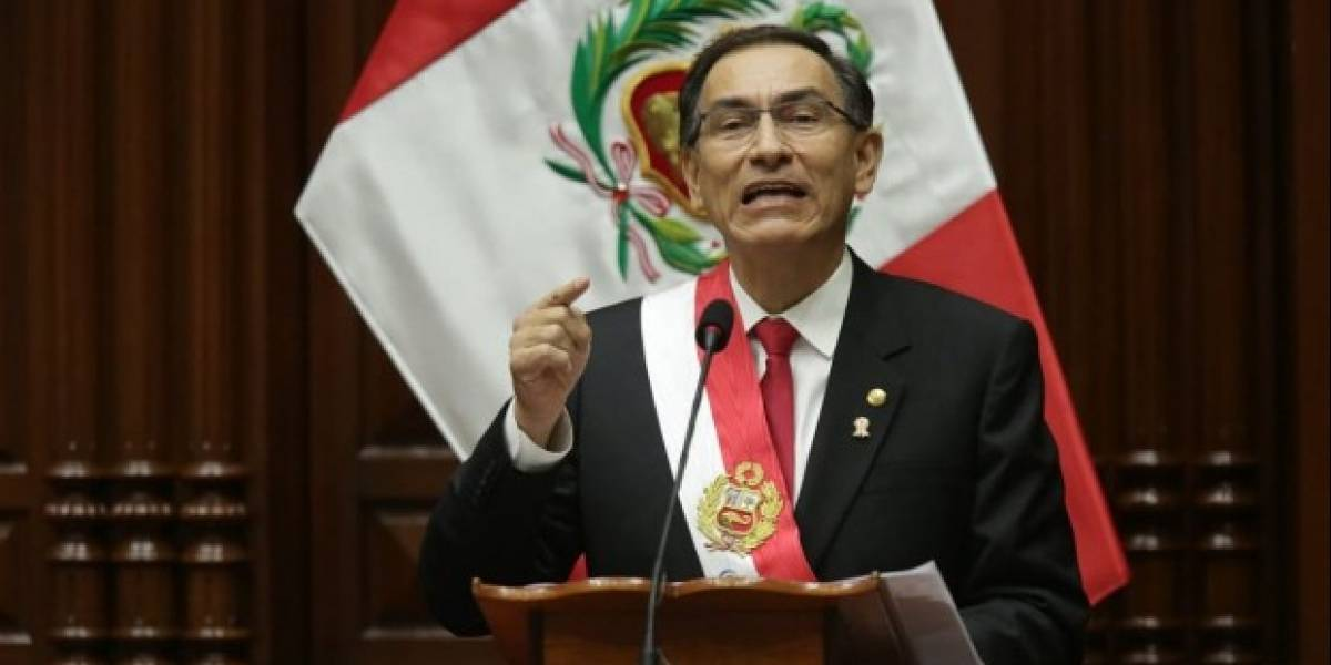 """El """"súper Presidente"""" de Perú: Vizcarra lanza nueva arremetida contra la corrupción"""