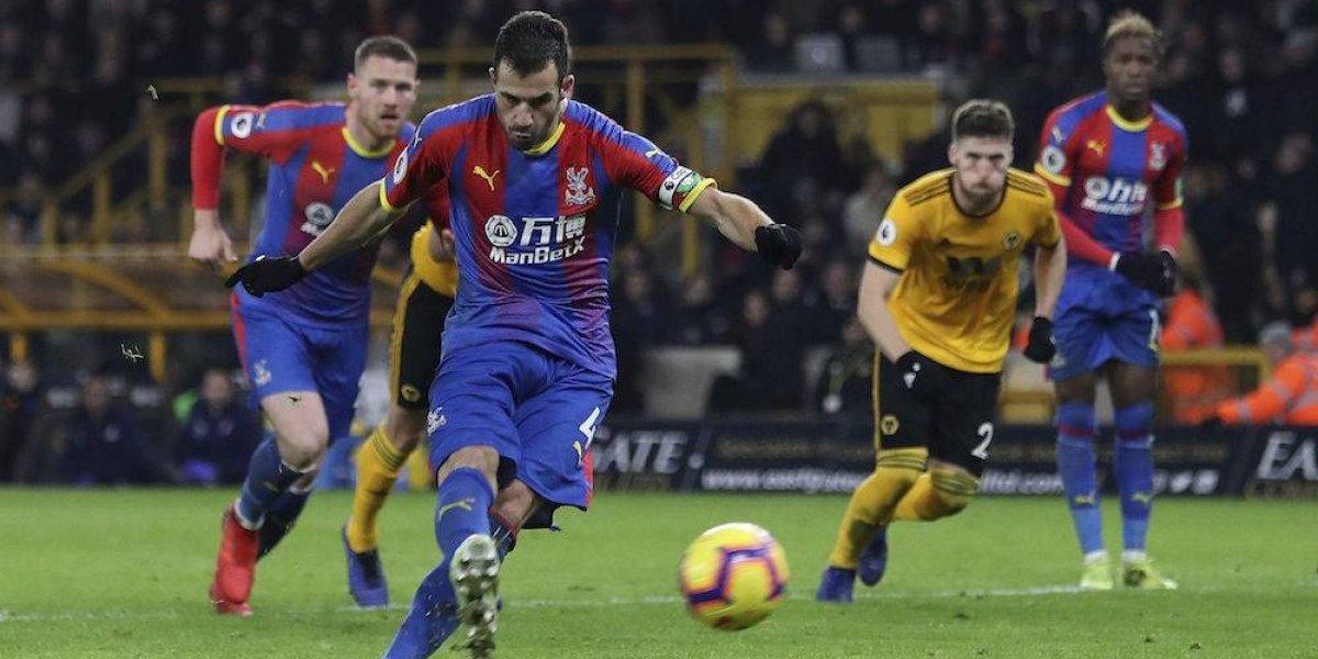 Raúl Jiménez y 'Wolves' inician el 2019 con derrota