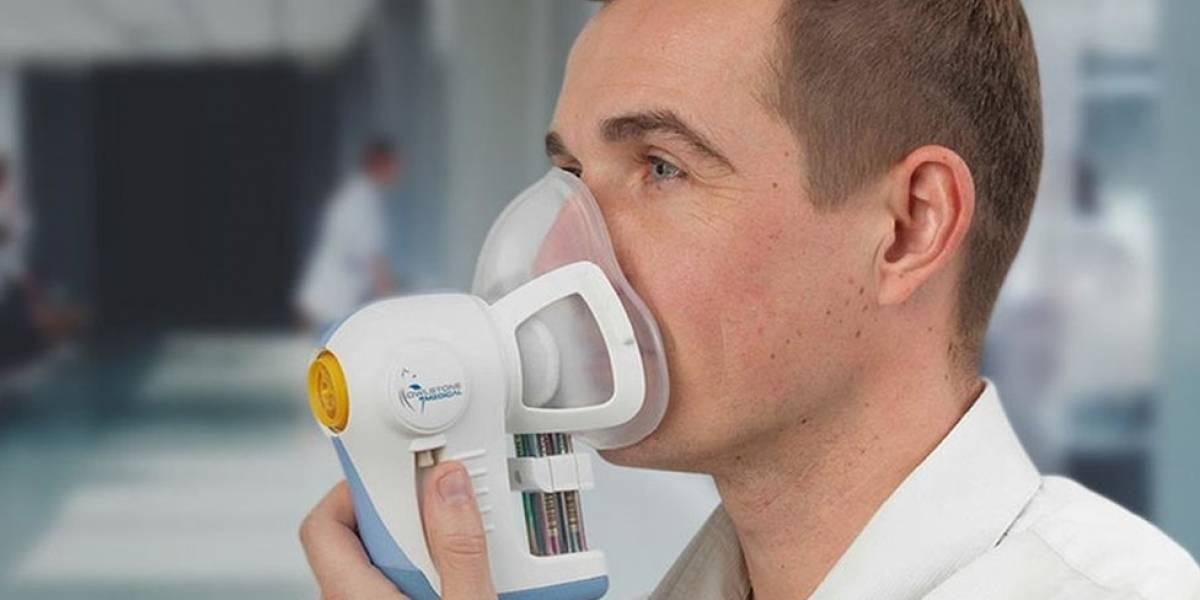 """Médicos britânicos testam """"bafômetro"""" que pode detectar câncer"""