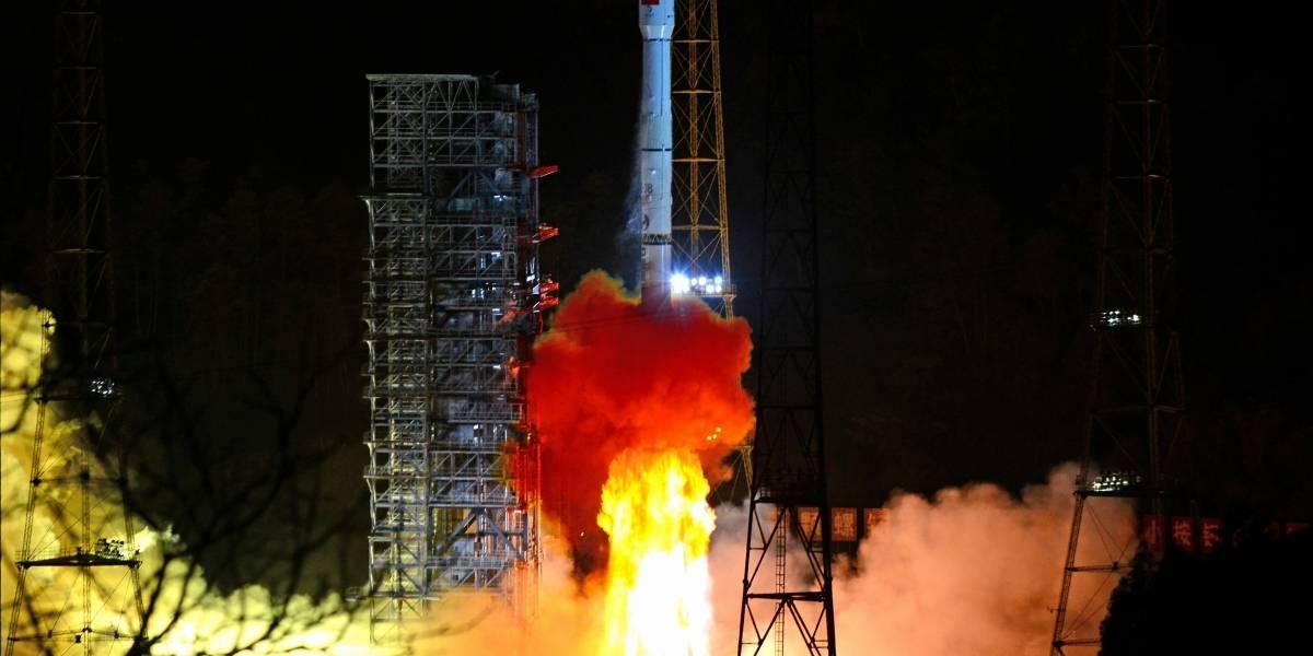 Sonda chinesa faz primeiro pouso suave da história no lado escuro da Lua; veja foto