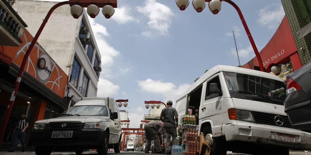 Caminhões de pequeno porte são liberados do rodízio municipal