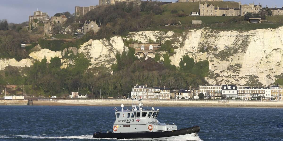 Reino Unido detiene a dos posibles traficantes de migrantes