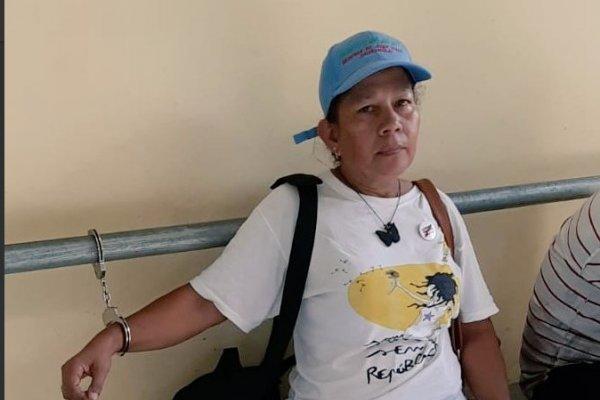 Periodista ecuatoriana fue detenida por policía panameña durante labor informativa