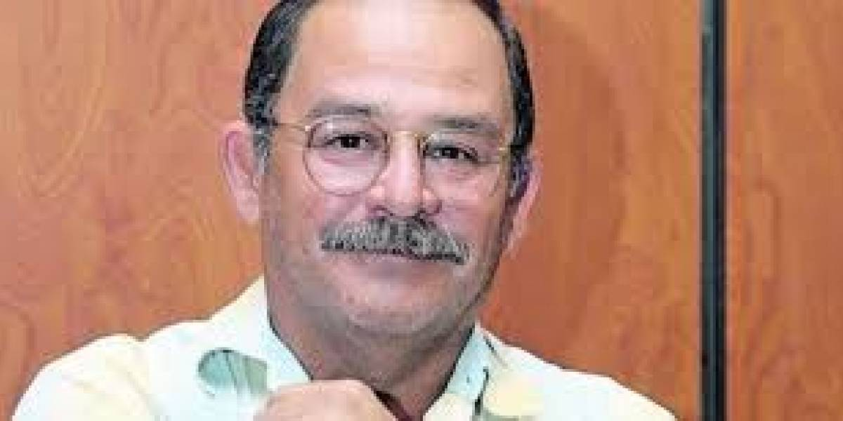 Ya hay fecha para que Rafael Correa rinda su versión en caso de Fausto Valdiviezo