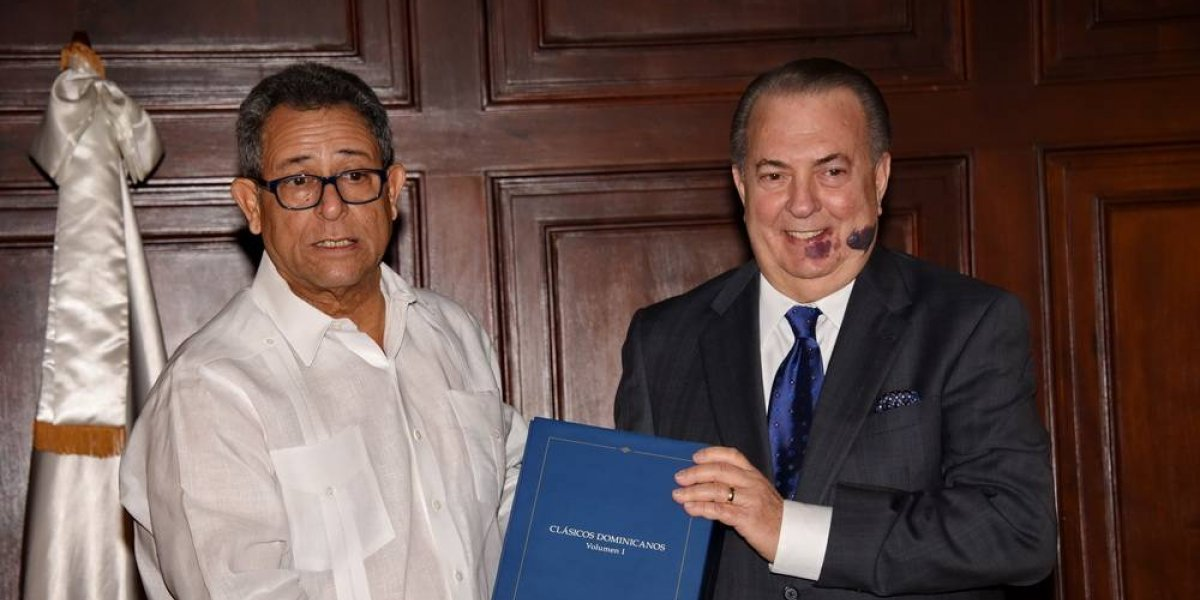 REFIDOMSA entregó colección de partituras Clásicos Dominicanos del Siglo XX