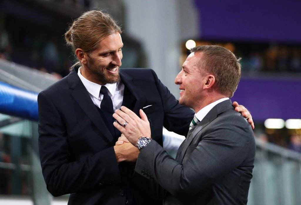 Nicolás Frutos in the Champions League, greeting with Brendan Rodgers, Celtic coach with past in Liverpool / Photo: Getty Images
