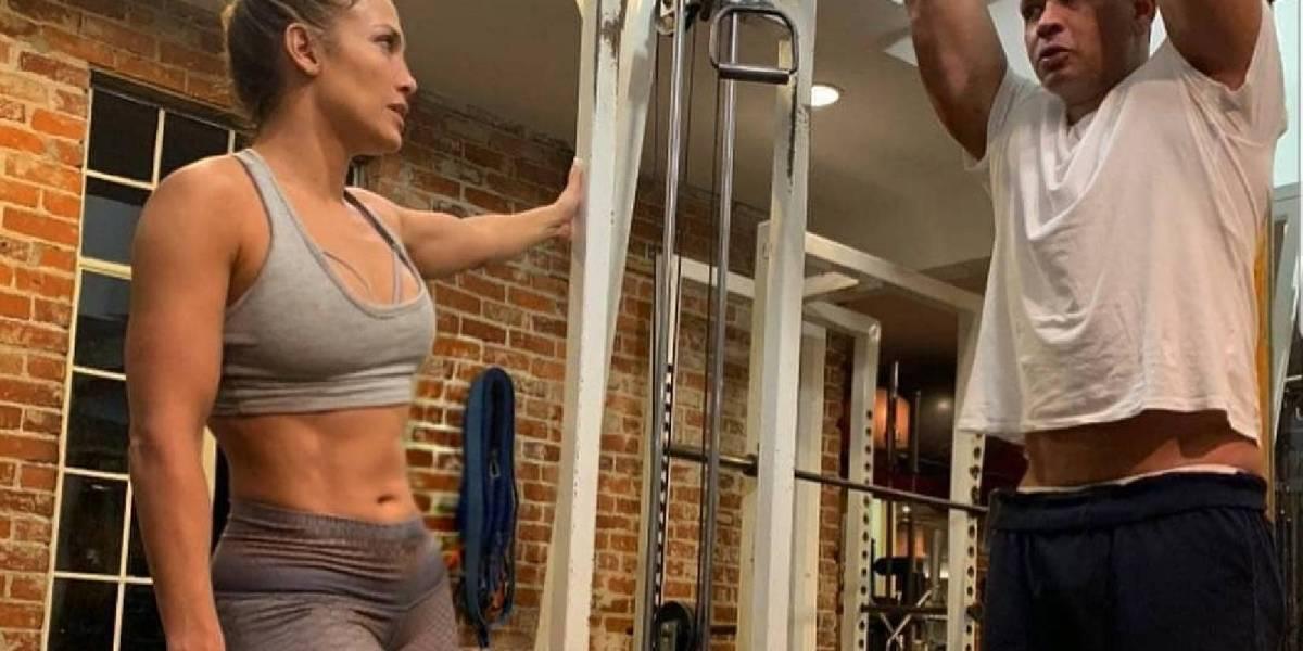 Jennifer López revolucionó las redes con su primer entrenamiento del año y sus ajustados leggins