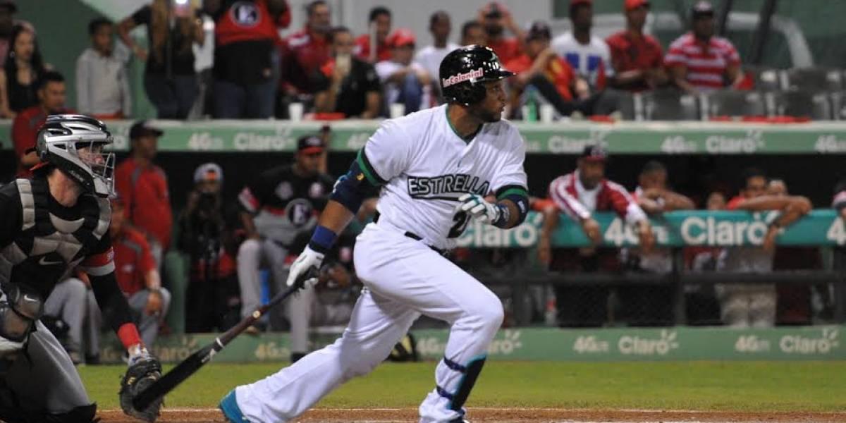 Robinson Canó espera permiso de los Mets para jugar con EO