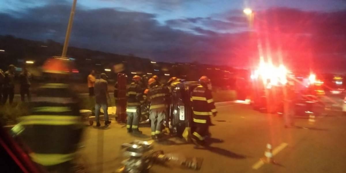 Carro capota e deixa um morto e dois feridos na Jacu-Pêssego