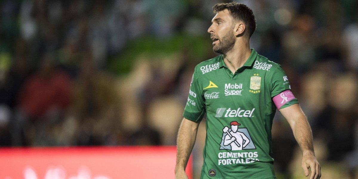Boselli, nuevo jugador de Corinthians; León se despide de él