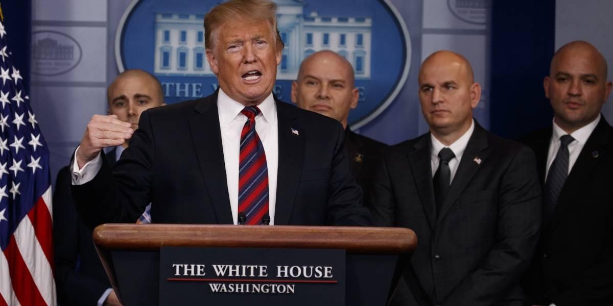 Trump insiste en construcción del muro; es campaña de miedo, responde Pelosi