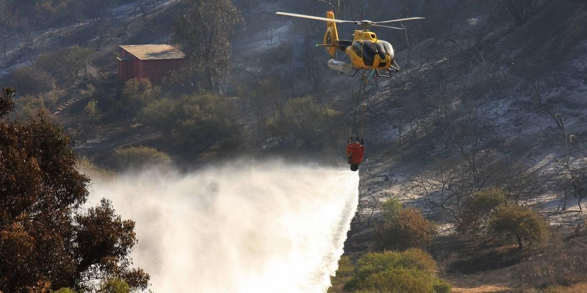 Arde la zona central: temporada de incendios comenzó con todo y ya van más de 2.600 hectáreas quemadas