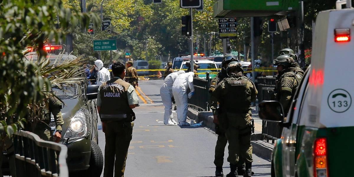 Explosión en pleno centro de Santiago: así quedó el paradero tras estallido de artefacto en Vicuña Mackenna con Bilbao