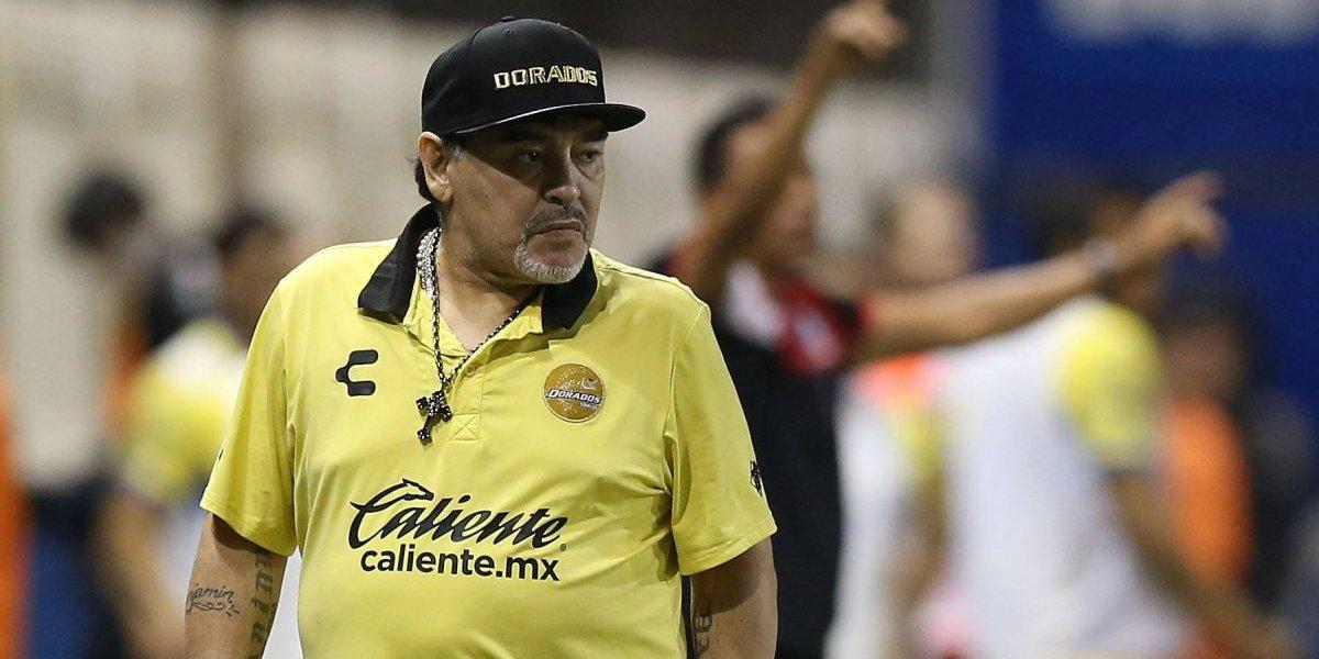 Diego Armando Maradona es internado de urgencia