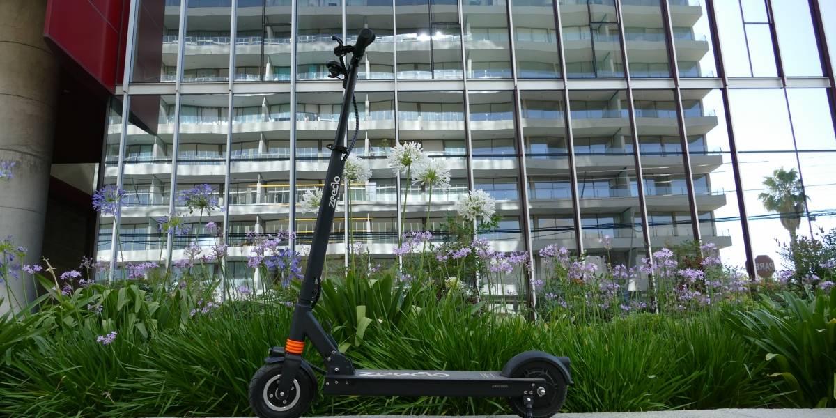 Autónomo y muy veloz: Review del scooter eléctrico Zeeclo Elektra [FW Labs]