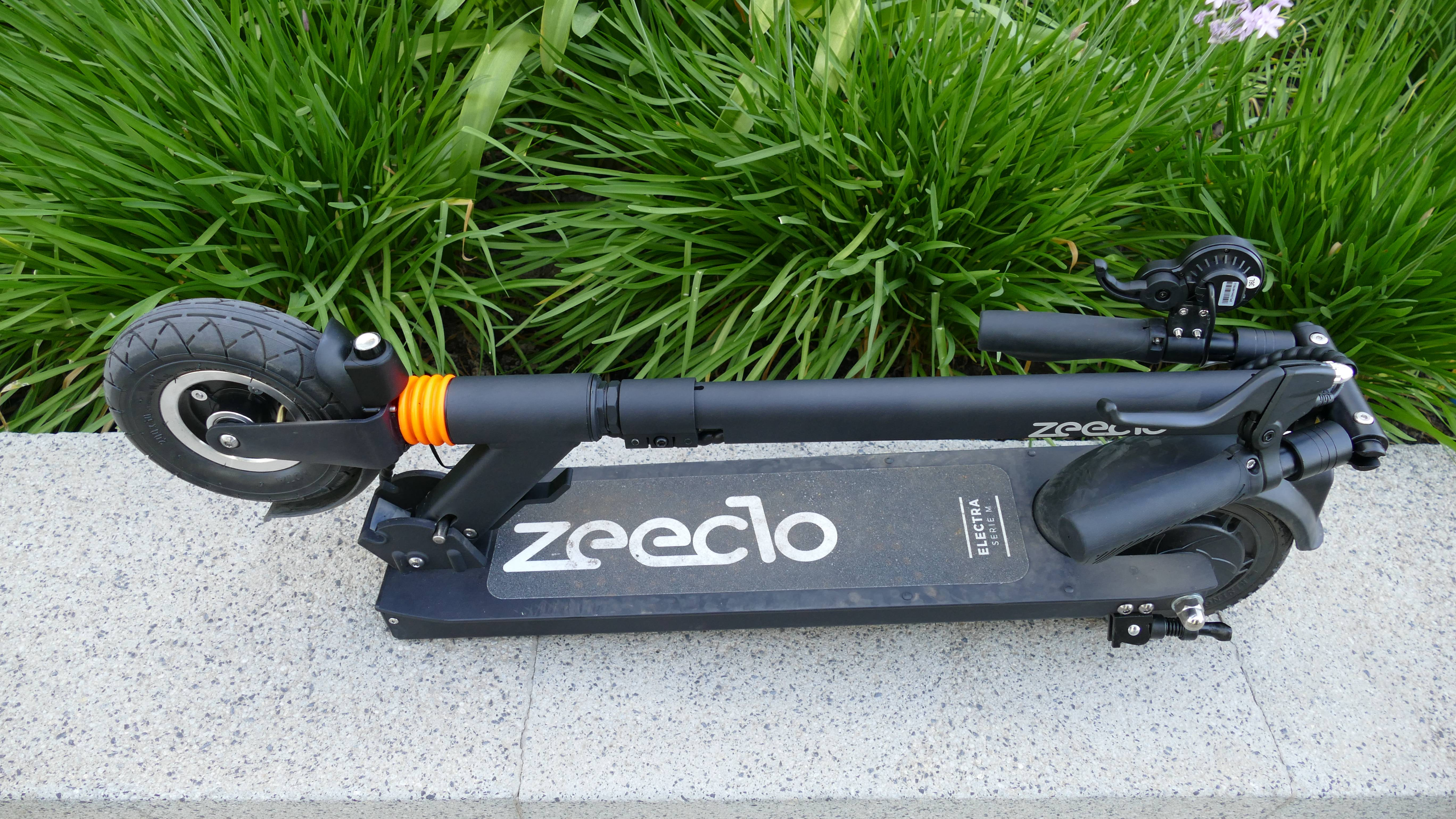 Zeeclo Elektra scooter