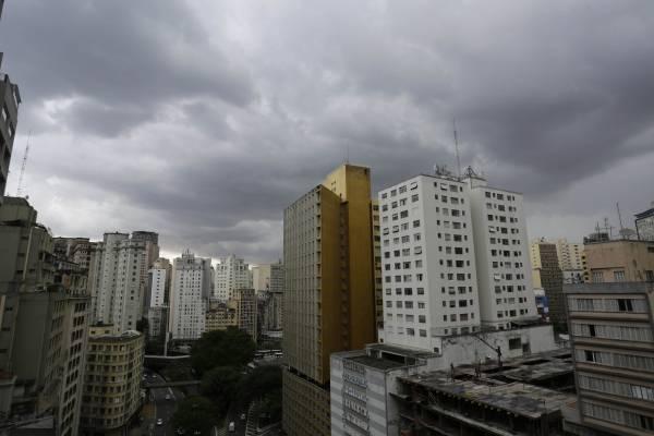 Céu nublado São Paulo previsão do tempo