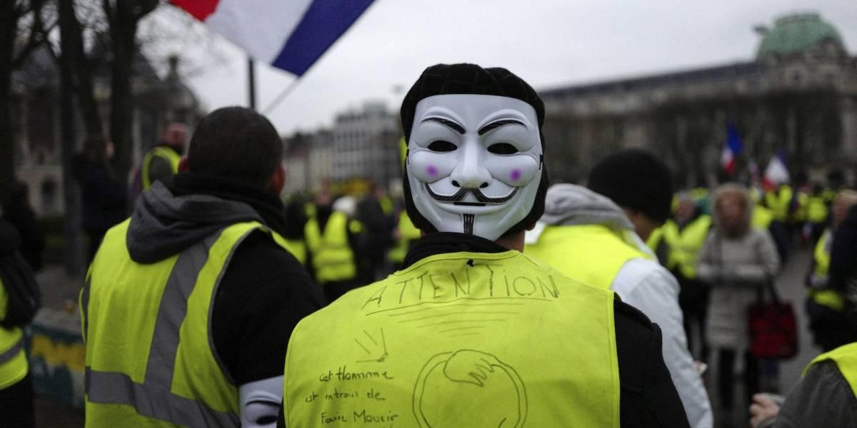 """""""Chalecos amarillos"""" realizan octava jornada de protestas en París"""