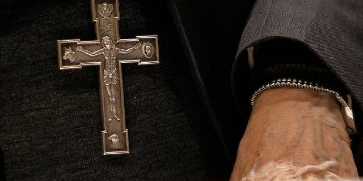 Papa aceptó renuncia al sacerdocio de excapellán de Carabineros investigado por abuso sexual