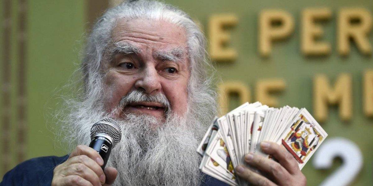 """Trump no conseguirá dinero para el muro y la verdad de Juan Gabriel, según el """"Brujo Mayor"""""""